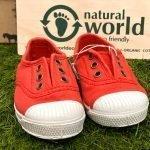 natural world bambino rosso